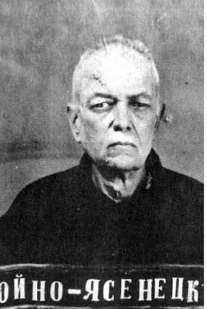 Архиепископ Лука (Войно-Ясенецкий). Фото из следственного дела. 1939